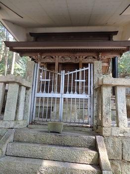 根道神社12-040.JPG