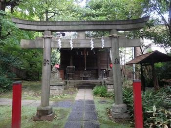 185-191四合稲荷.JPG